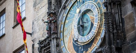prague-astronomical-clock-in-the-old-town-square